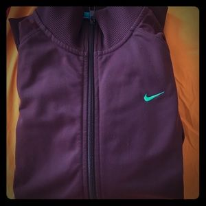 Nike ✔️ the athletic department track zip up 💪🏻
